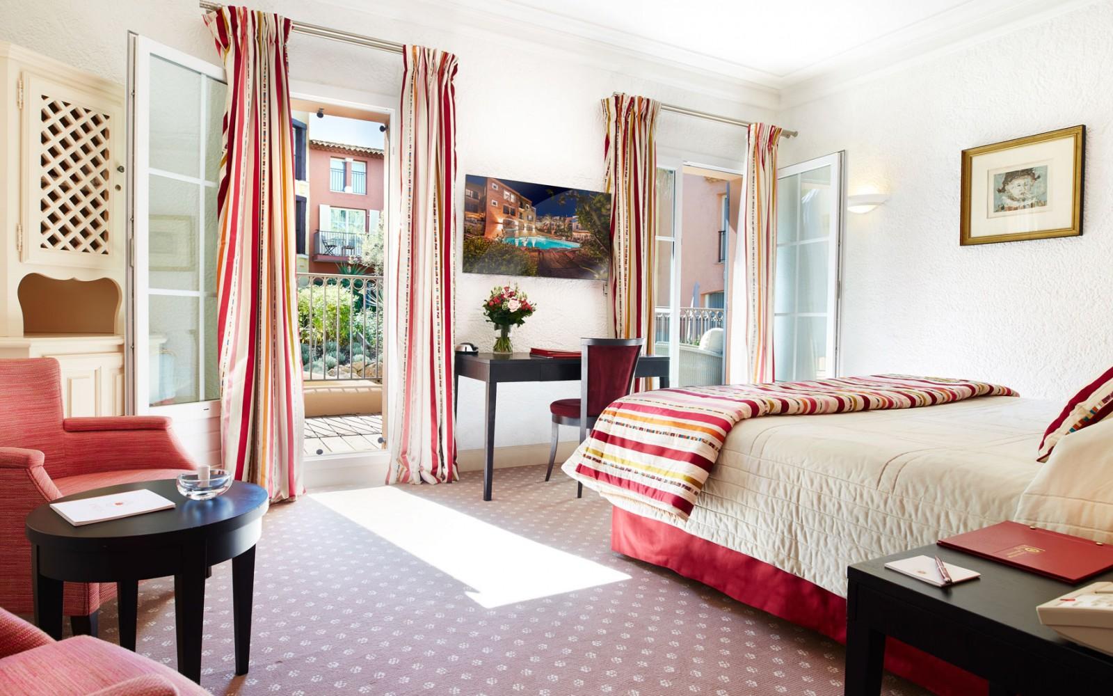 Hotel Byblos Saint Tropez Palace Hotel 5 Etoiles Luxe Un