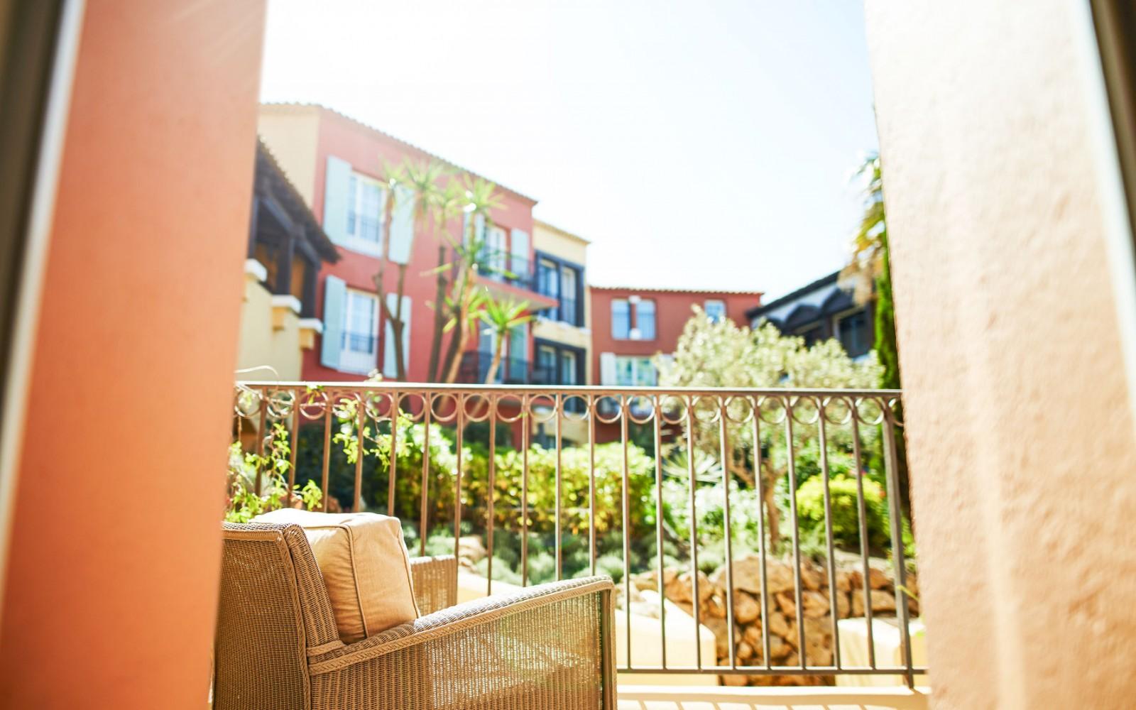 Hotel_Byblos_Saint-Tropez_Classic-Double-Room-141-2