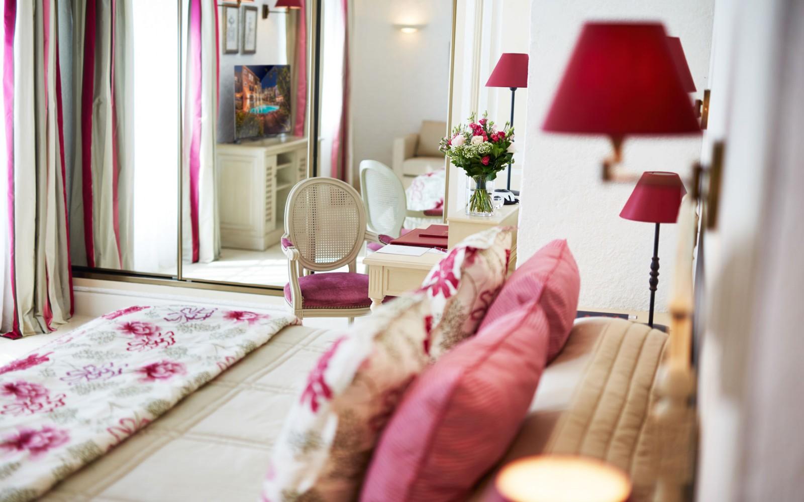 Hotel_Byblos_Saint-Tropez_Classic_Double_Room_136