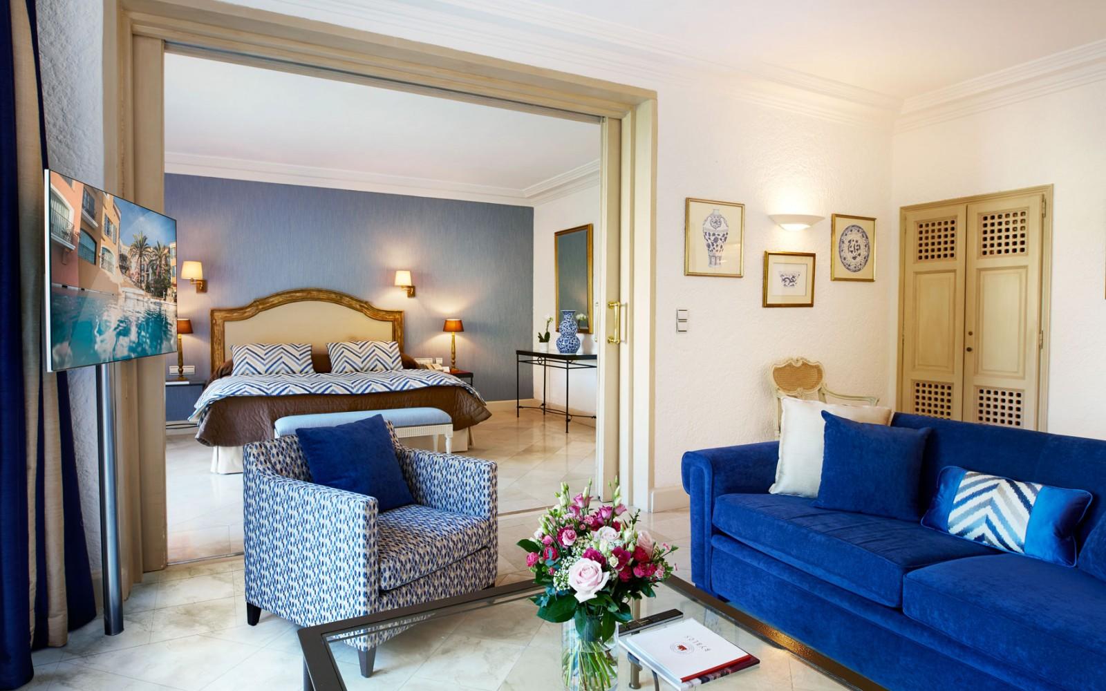 Hotel_Byblos_Saint-Tropez_Deluxe-Suite-129-4