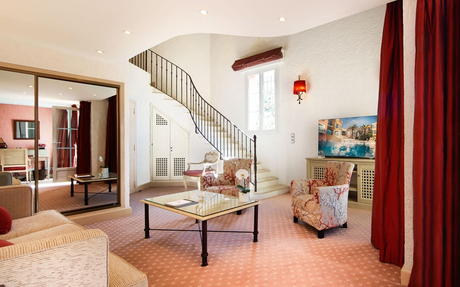 Hotel_Byblos_Saint-Tropez_Duplex-Suite-232-1