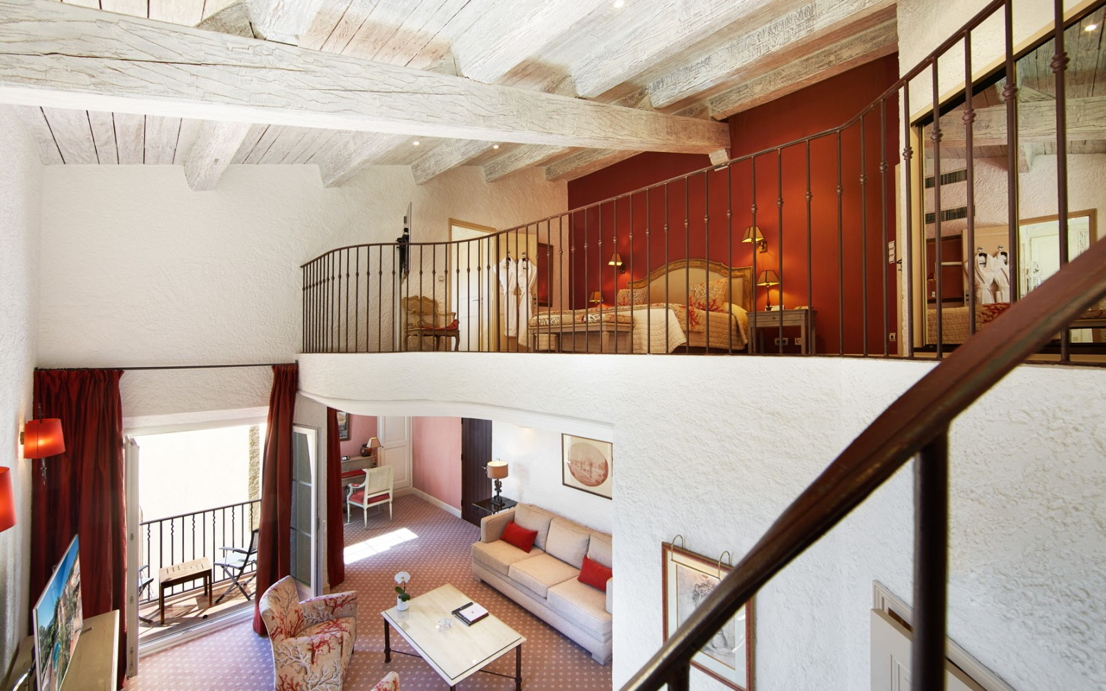 Hotel_Byblos_Saint-Tropez_Duplex-Suite-232-2