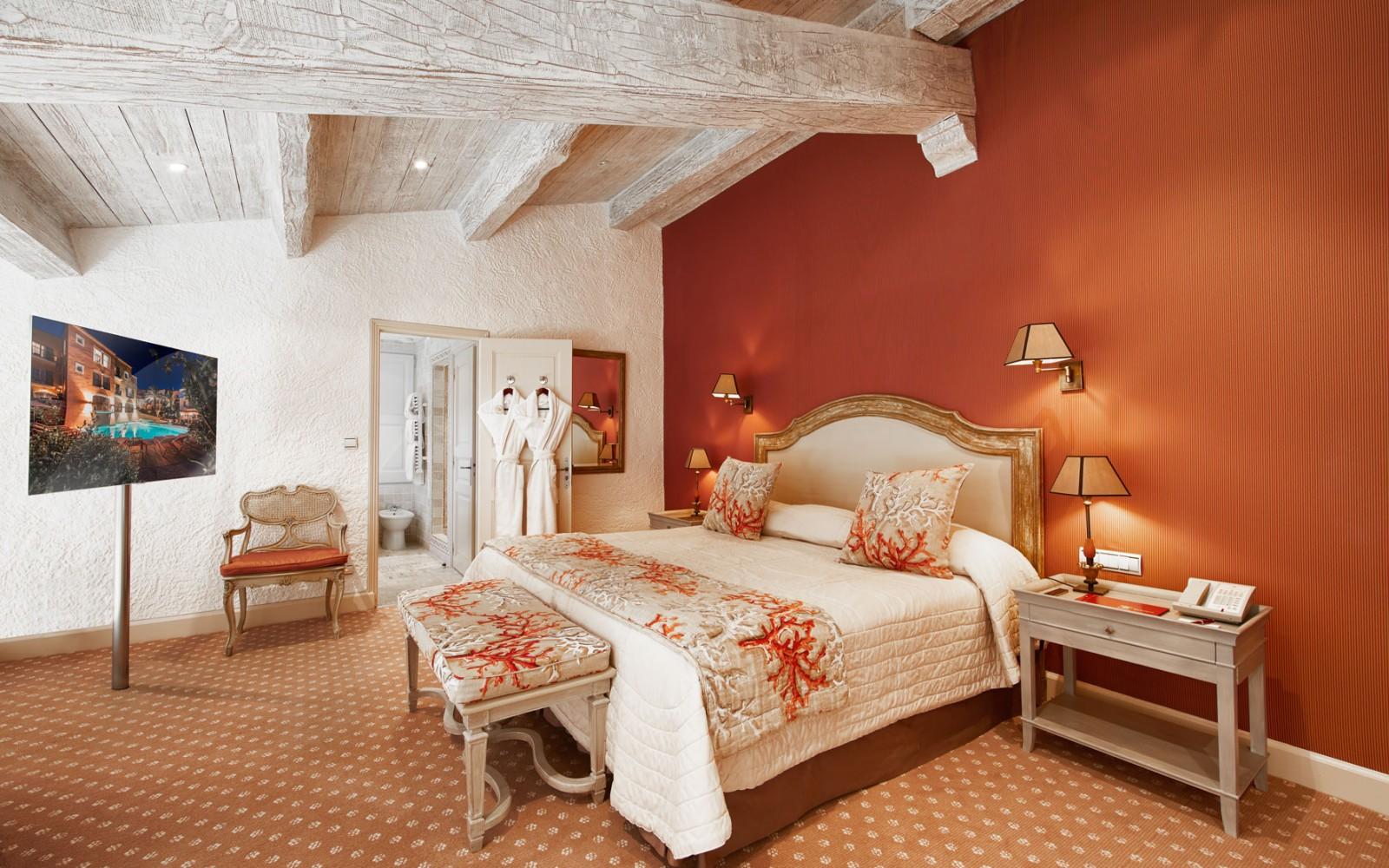 Hotel_Byblos_Saint-Tropez_Duplex-Suite-232-3