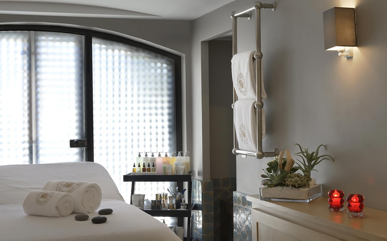 byblos-hotel-saint-tropez-spa-sisley-4