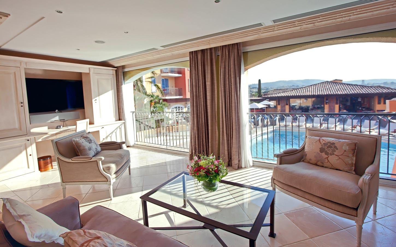 byblos-hotel-saint-tropez-suiteriviera-1