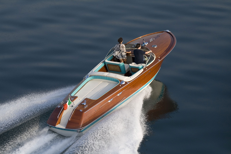 byblos-sainttropez-palace-yacht-Riva-Aquarama