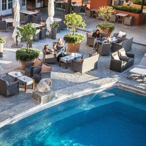 byblos-sainttropez-piscine