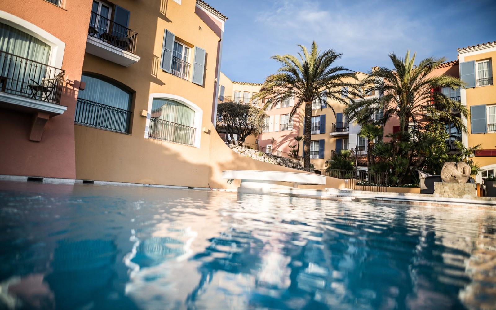 hotel-byblos-saintropez-pool