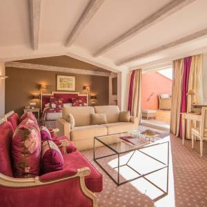hotel-byblos-sainttropez-rooms-suites