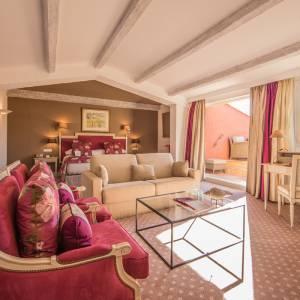 hotel-byblos-sainttropez-rooms-suites