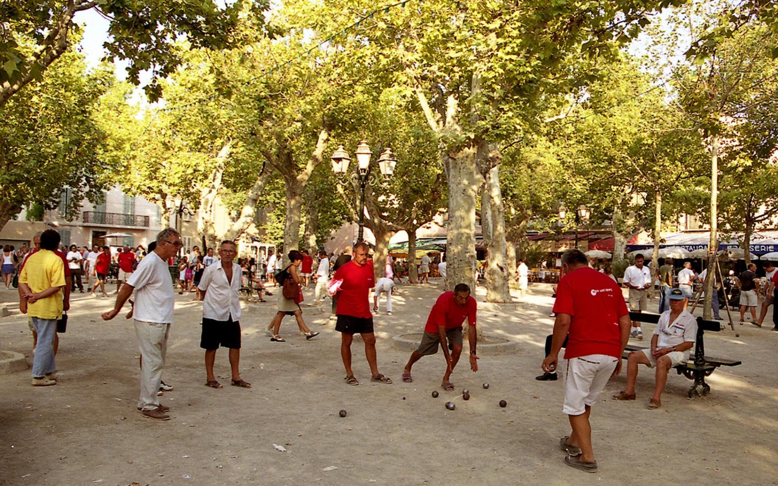H 244 Tel Byblos Saint Tropez Palace H 244 Tel 5 233 Toiles Luxe