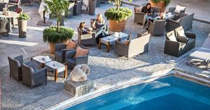 restaurant-b-byblos-piscine